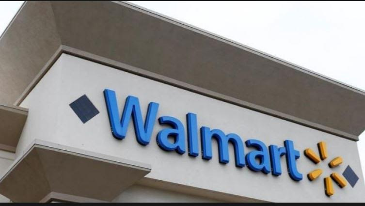 Walmart sắp cắt hàng trăm việc làm trong tháng này