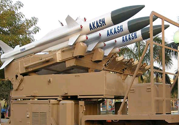 Việt-Ấn đang đàm phán mua bán hỏa tiễn Akash và Brahmos