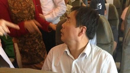 Lại bắt giữ du khách Trung Cộng trộm hành lý trên máy bay Việt Nam