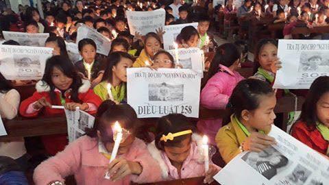 Giáo dân giáo phận Vinh tiếp tục cầu nguyện cho các Tù Nhân Lương Tâm trong năm mới
