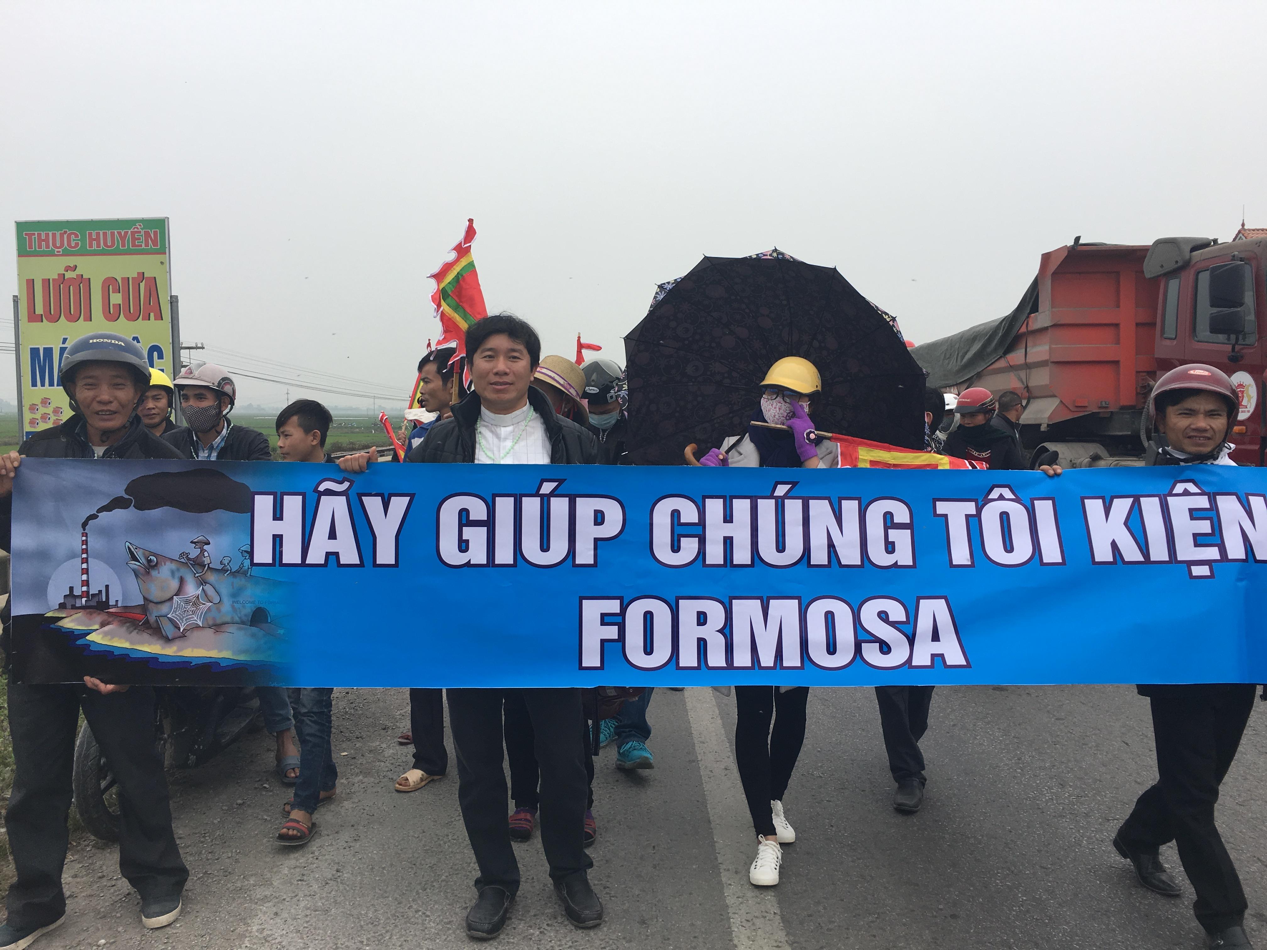 Giáo Phận Vinh ra thông cáo lên án nhà cầm quyền CSVN đàn áp người dân đi kiện Formosa