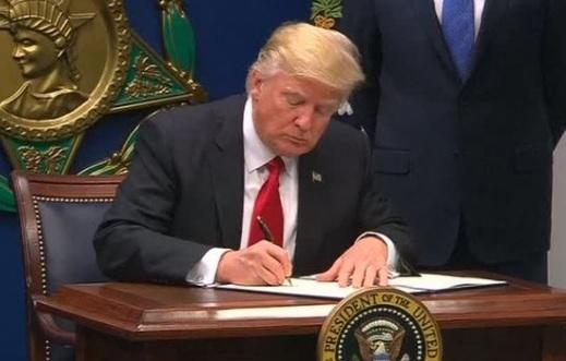 Luật sư Đỗ Phủ: sắc lệnh di dân của ông Trump có ảnh hưởng ra sao đến cộng đồng người Việt?