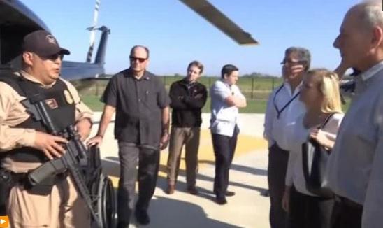 Bộ Trưởng Bộ Nội An thăm biên giới Hoa Kỳ và Mexico