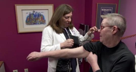 Các nhà sản xuất thuốc bị cáo buộc âm mưu thông đồng tăng giá insulin