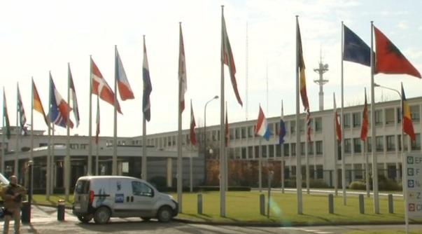 Bộ Trưởng Quốc Phòng James Mattis kêu gọi thành viên Nato tăng chi tiêu quốc phòng