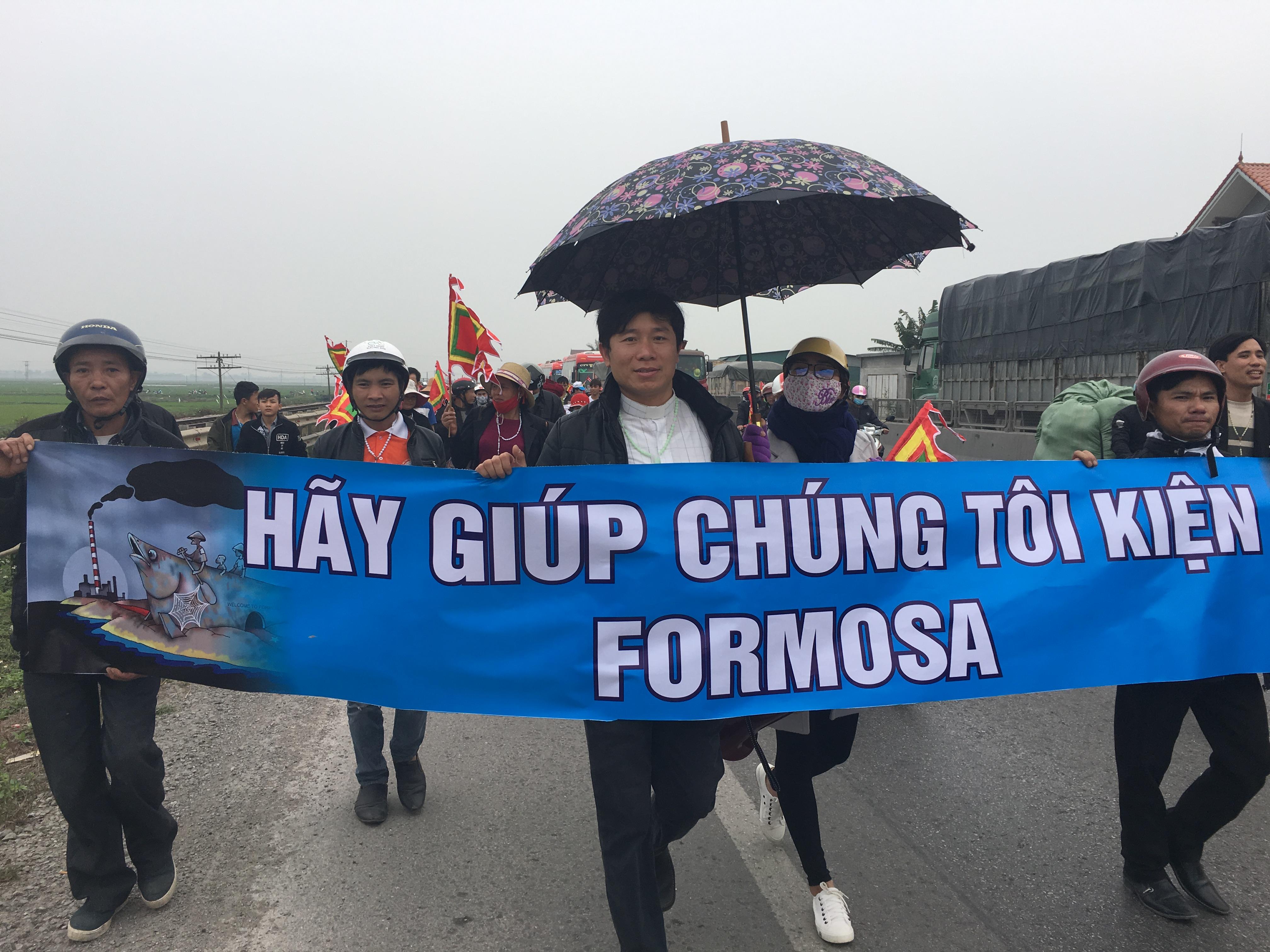 Tổ Chức Ân Xá Quốc Tế lên án CSVN đàn áp linh mục và ngư dân đi kiện Formosa