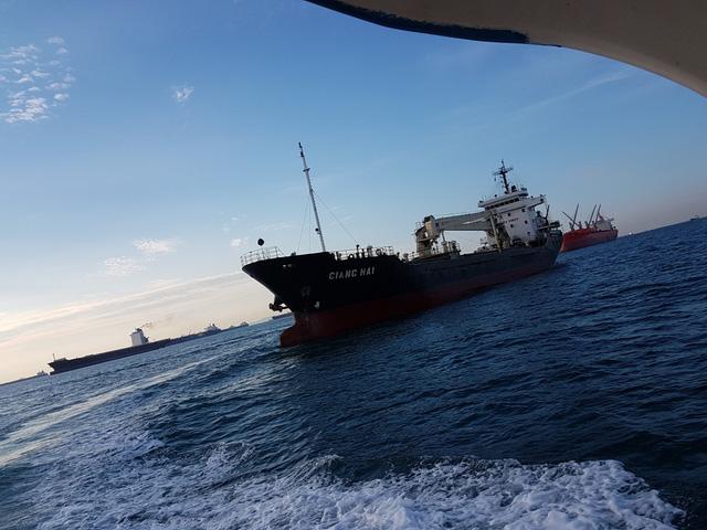 6 thuyền viên bị hải tặc Phi Luật Tân bắt cóc, 1 người bị giết chết