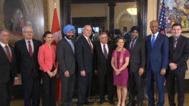 Bộ trưởng Bộ Nội An John Kelly gặp viên chức Canada thảo luận về người tị nạn