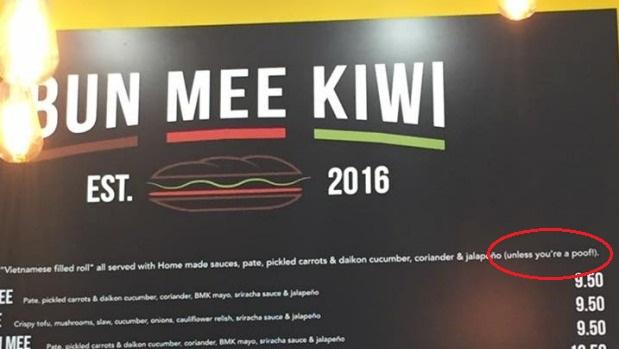 Tiệm bánh mì Việt ở New Zealand bị chống vì từ ngữ đụng chạm người đồng tính
