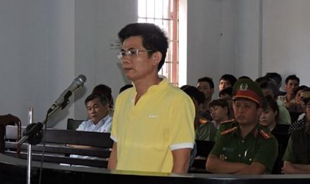 """4 năm 6 tháng tù cho người tranh đấu chống tham nhũng """"Diệt Giặc Nội Xâm"""""""