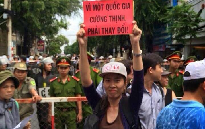 CSVN phản đối chính phủ Hoa Kỳ vinh danh Blogger Mẹ Nấm