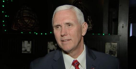Phó Tổng Thống Mike Pence chỉ trích AP vì công bố địa chỉ email của vợ ông