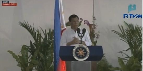 Tổng thống Duterte thách thức người kiện ra toà hình sự quốc tế