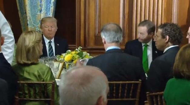 Tổng thống Trump, chủ tịch hạ viện Ryan, thủ tướng Ái Nhĩ Lan kỷ niệm mối quan hệ giữa hai nước