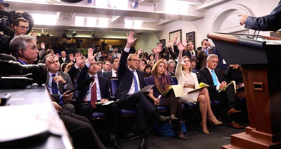 Viên chức Tòa Bạch Ốc không tham dự bữa tối của hội nhà báo để bày tỏ đoàn kết với Tổng Thống Trump