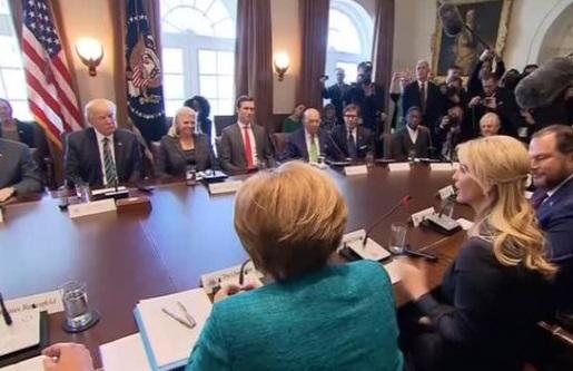 Ivanka Trump trở thành nhân viên Tòa Bạch Ốc không ăn lương