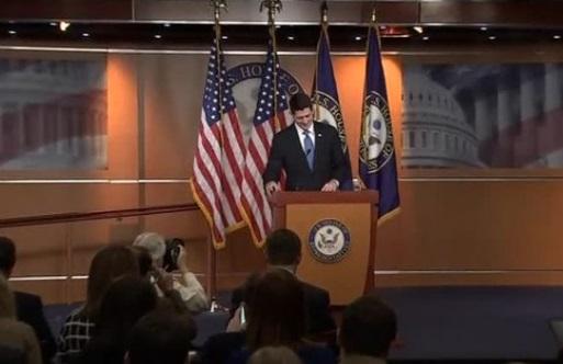 Tổng thống Trump tuyên chiến với các thành viên bảo thủ của Đảng Cộng Hòa