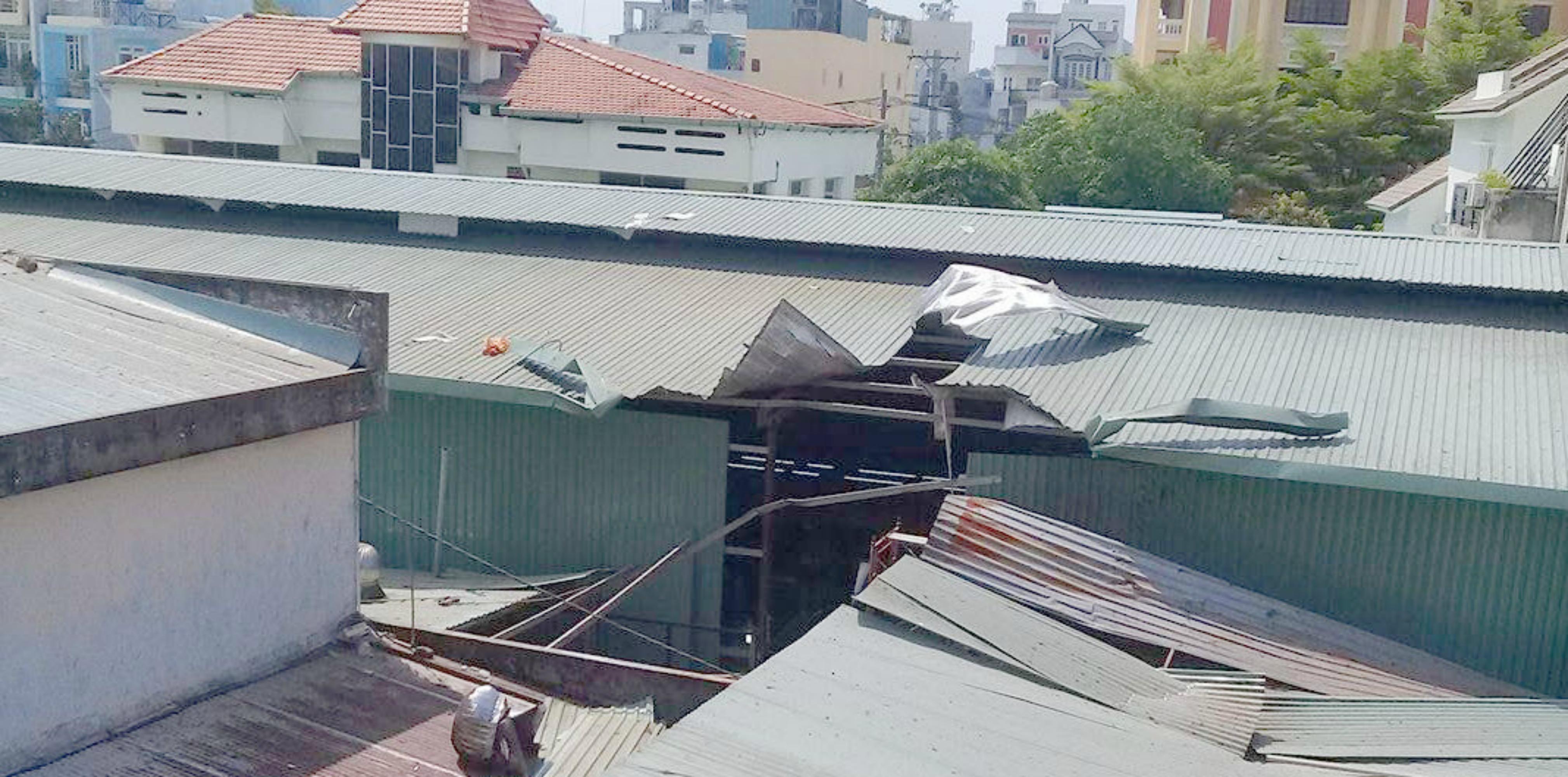 Hai vụ liên quan đến cháy nổ ở Sài GÒn, báo chí được lệnh hạn chế đưa tin