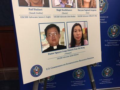 USCIRF trưng bày hồ sơ vi phạm quyền tự do tôn giáo của CSVN