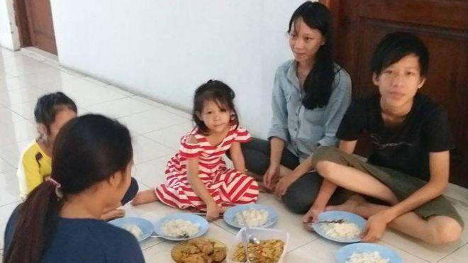 Nhóm vượt biên từ Bình Thuận đang được phỏng vấn qui chế tị nạn tại Indonesia