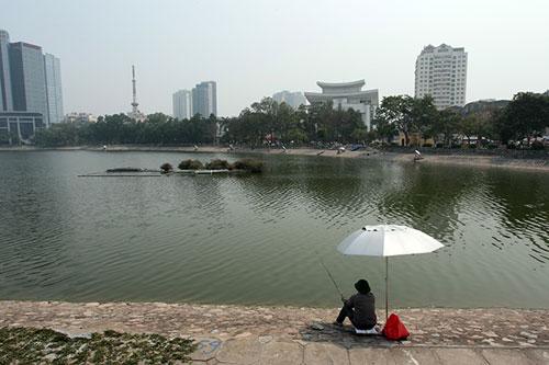 Trong 5 năm, 17 hồ ở Hà Nội bị san lấp