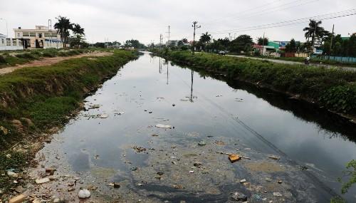 Sông Bắc Hưng Hải bị bức tử, nông dân Hải Dương đứng trước nguy cơ mất hàng ngàn héc ta lúa
