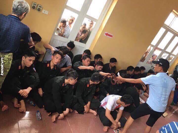 Dân oan Mỹ Đức- Hà Nội đổ xăng đòi thiêu 20 cảnh sát cơ động