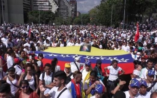 Giới đối lập Venezuela tuần hành vinh danh người bị giết trong các cuộc biểu tình