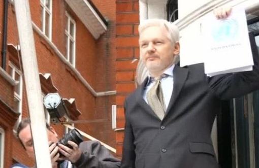 Bộ Tư Pháp cam kết sẽ tống giam những kẻ rò rỉ thông tin cho Wikileaks