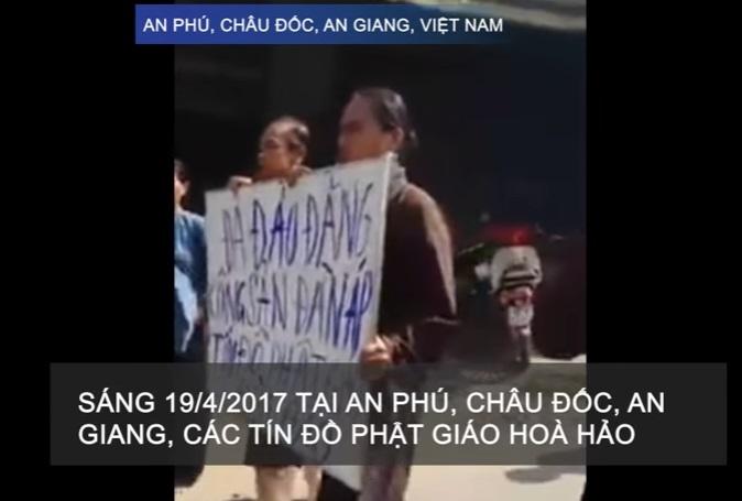 Tín đồ Phật Giáo Hoà Hảo Thuần Tuý An Giang biểu tình phản đối nhà cầm quyền đàn áp tôn giáo