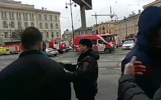 Nổ bom trạm metro St. Petersburg, ít nhất 10 người chết