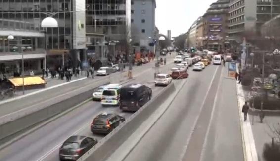 Khủng bố bằng xe tải ở Thuỵ Điển giết chết 3 người