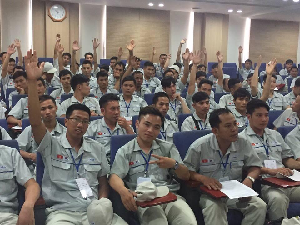 Nam Hàn tuyển dụng 3,600 lao động Việt trong năm 2017 qua thi tuyển