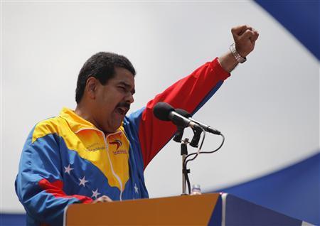 Tổng thống Venezuela chiêu mộ thêm 400,000 dân quân, cấp súng chuẩn bị đàn áp người biểu tình