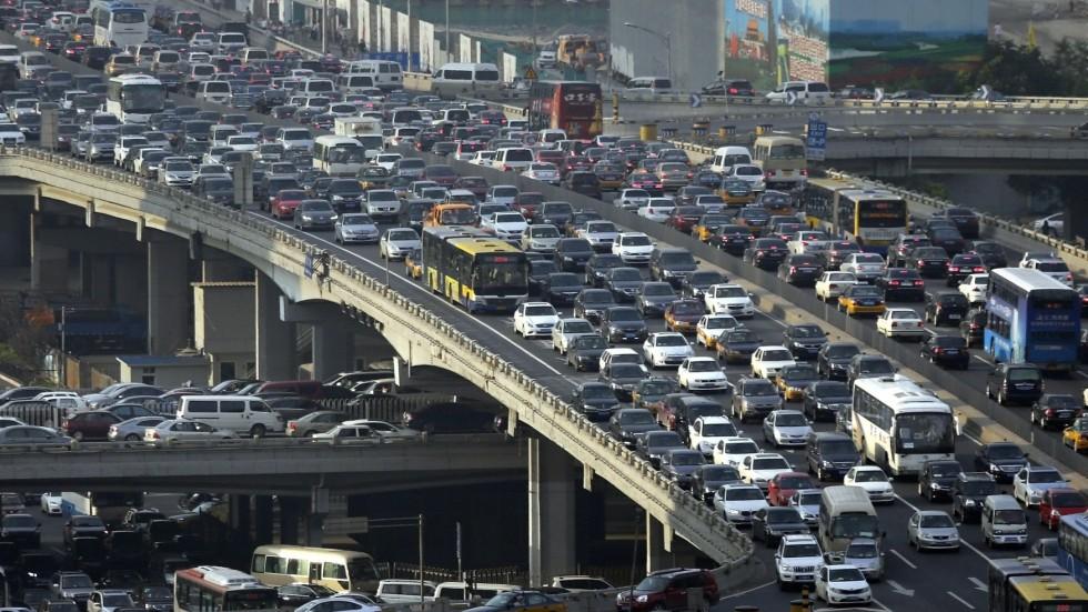 Trung Cộng có hơn 300 triệu xe hơi, gần bằng dân số Hoa Kỳ