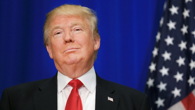 Tổng thống Donald Trump sẽ thăm Việt Nam vào tháng 11