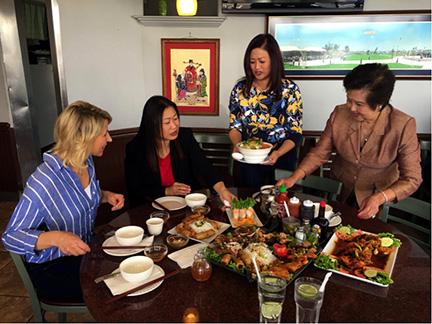Thượng Nghị Sĩ Janet Nguyễn giới thiệu Little Saigon trong show du lịch PBS