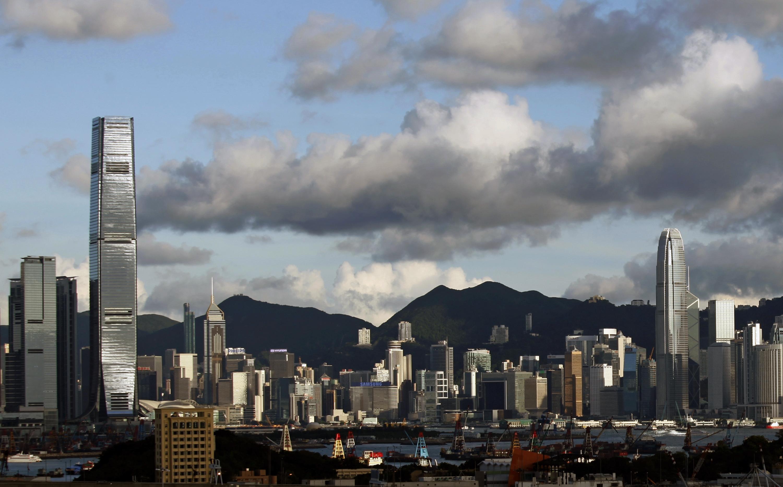 Số người Hong Kong muốn định cư ở nước ngoài tăng cao