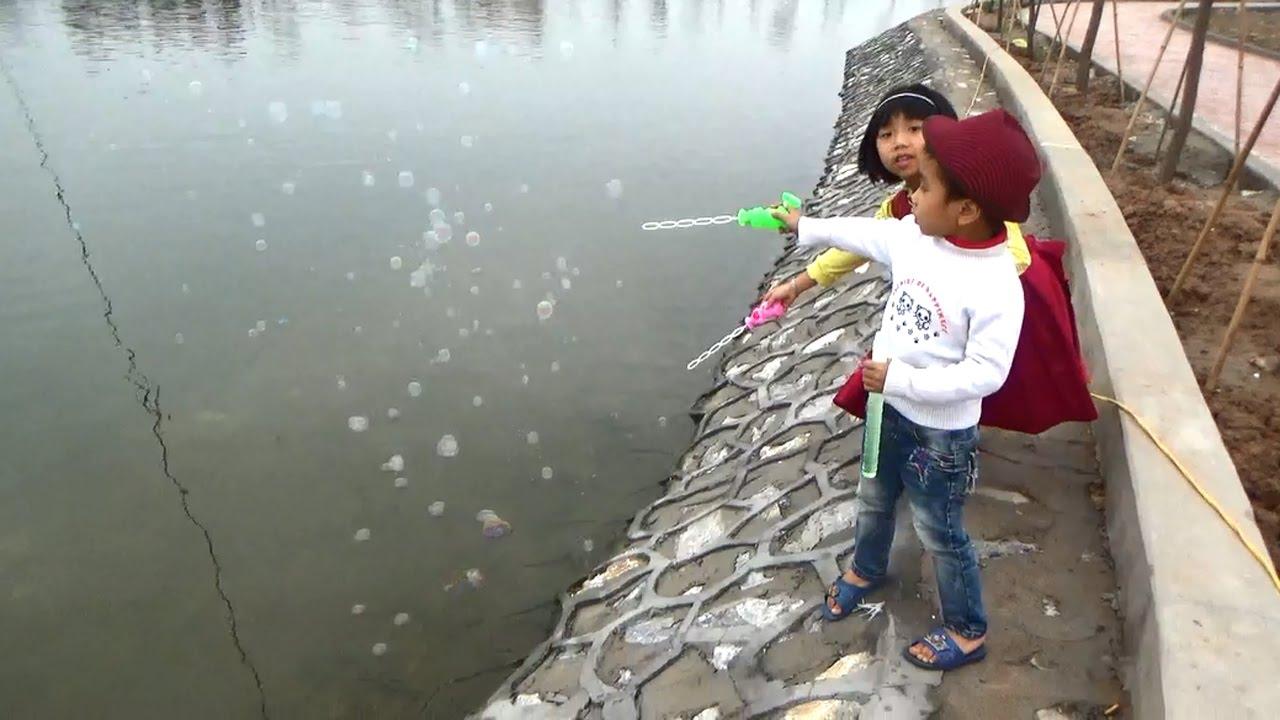 Đồ chơi thổi nước xà bông của Trung Cộng có vi khuẩn gây bệnh