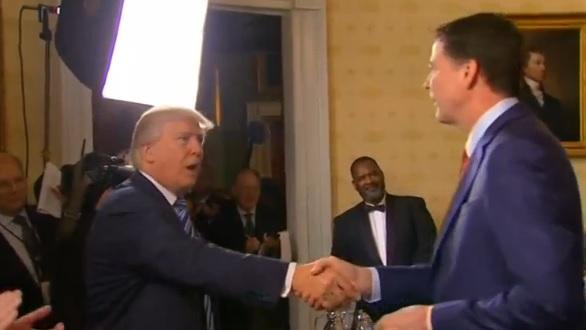 Phản ứng chung quanh vụ tổng thống Trump sa thải giám đốc FBI James Comey