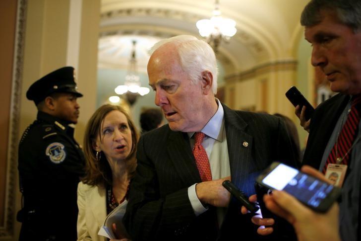 Thượng Nghị Sĩ Cộng Hòa John Cornyn rút khỏi danh sách đề cử tân giám đốc FBI