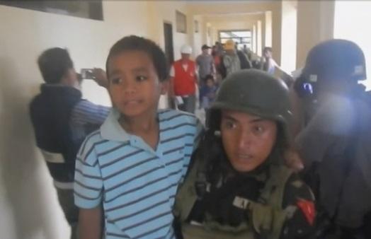 Quân đội Philippines muốn thương lượng để phiến quân phóng thích 200 con tin tại Marawi