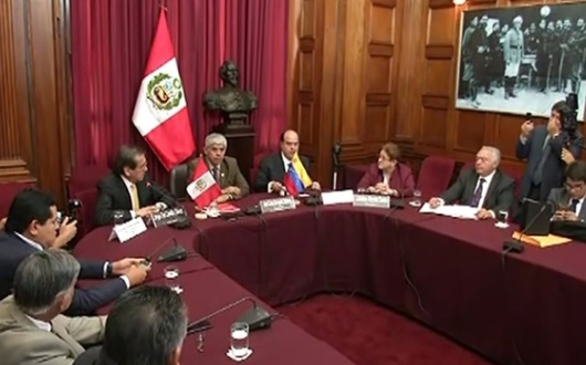 Phe đối lập Venezuela tìm kiếm sự hậu thuẫn quốc tế