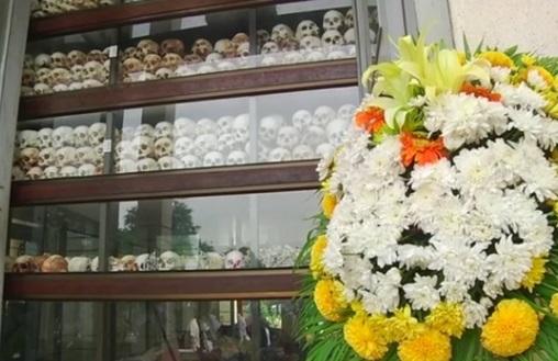 Người Cambodia tụ họp tại Cánh Đồng Chết để tưởng niệm nạn nhân của Khờ Me Đỏ