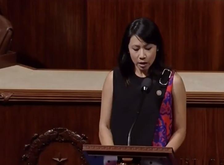 Nữ Dân Biểu Liên Bang gốc Việt trình dự luật bảo vệ an ninh quốc gia
