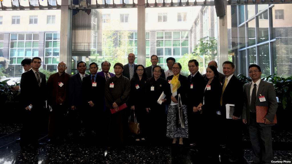 Phái đoàn đa tôn giáo Việt Nam gặp gỡ giới chức Bộ Ngoại Giao Hoa Kỳ