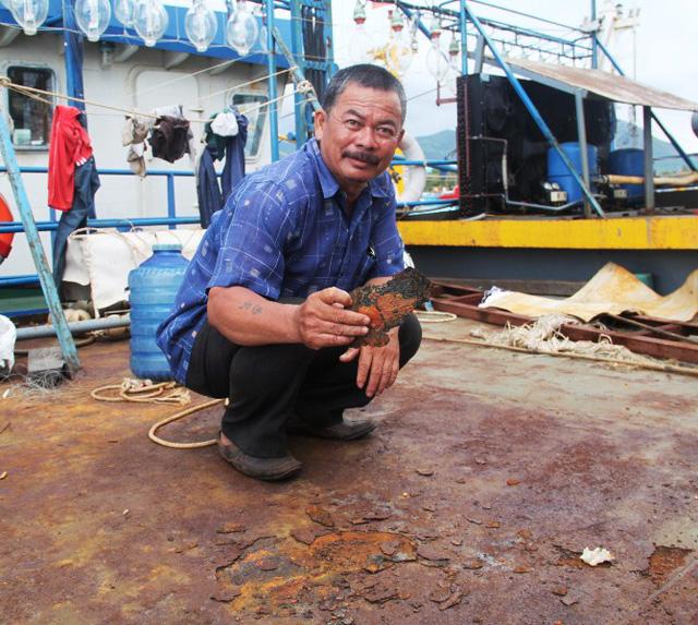 Thứ trưởng Vũ Văn Tám: Tàu rỉ sét là do trách nhiệm của dân