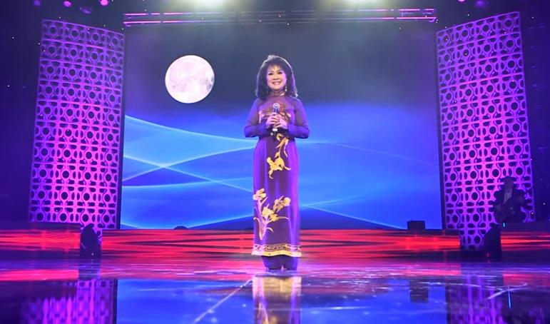 """Nữ danh ca Thanh Thúy- """"Tiếng hát khói sương"""" hay """"Tiếng hát liêu trai"""""""