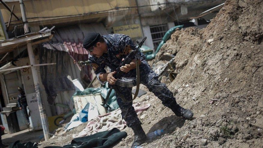 100 tay súng ISIS phản công ở Mosul, giết chết 15 cảnh sát và dân thường