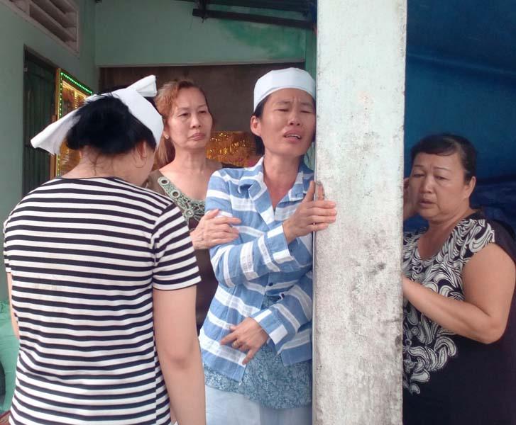 Thêm một người 'tự thắt cổ' chết trong đồn công an ở Sài Gòn